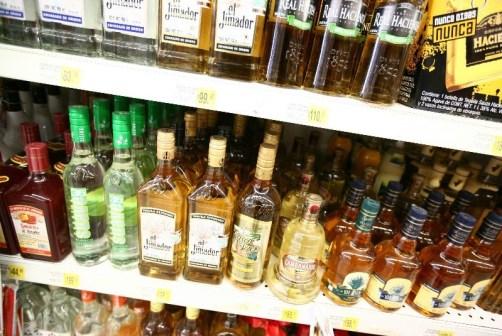 Resultado de imagen para robo de bebidas y botanas en fiestas patrias