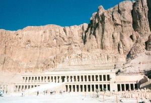 cid_1008999863_Hatshepsuts_Temple_JAG3