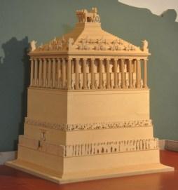 mausoleum_halicarnassus_model1