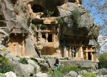 pinara-tombs-3