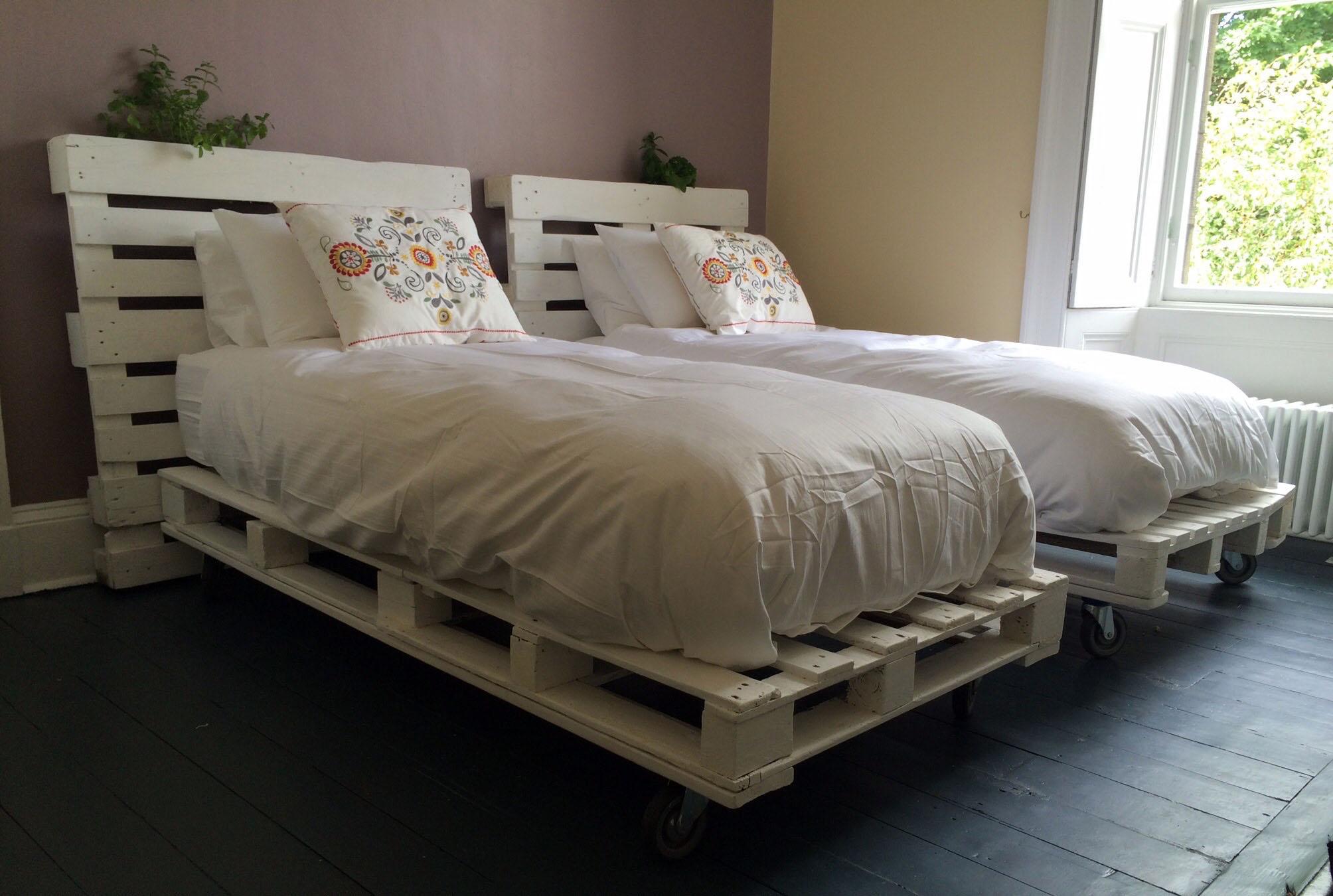 1001  ideas de camas con palets hechas a mano