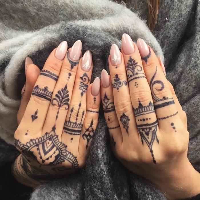 1001 Ideas De Diseños De Tattoo Dedos En Más De 70 Imagines
