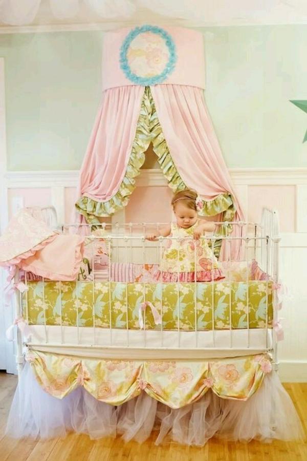Le lit baldaquin enfant  comment faire la dco pour la chambre  Archzinefr
