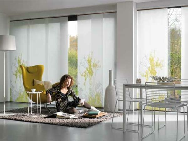 rideau noir et jaune chagall lissitzky mal vitch. Black Bedroom Furniture Sets. Home Design Ideas
