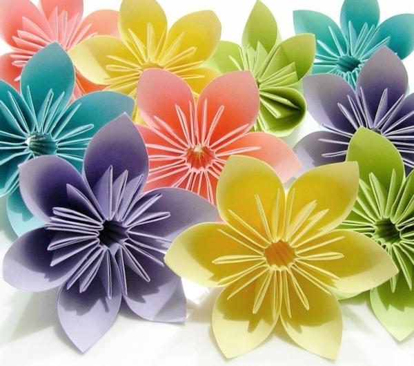 Un origami facile fleur   offrir ou pour vous amuser tout en crant de belles choses