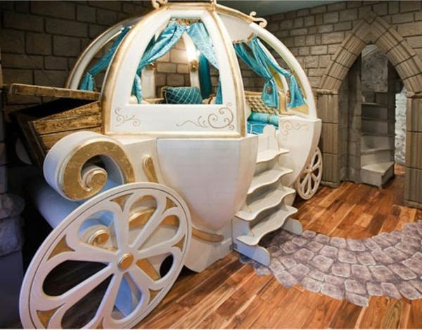 Le lit carrosse nous rappelle la magie de lenfance  Archzinefr