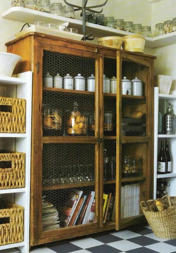 L armoire ancienne pour votre demeure moderne
