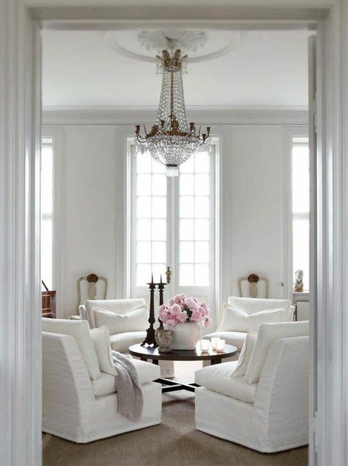 Le Fauteuil Blanc Comme Dcoration Archzinefr