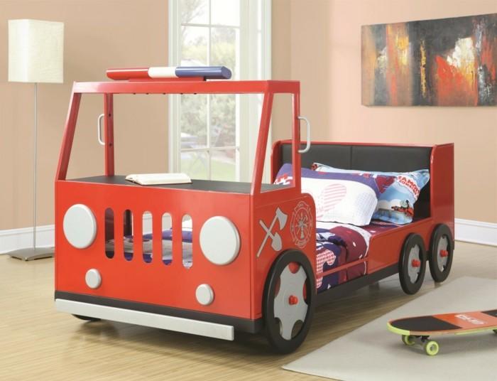 Le lit voiture pour la chambre de votre enfant  Archzinefr
