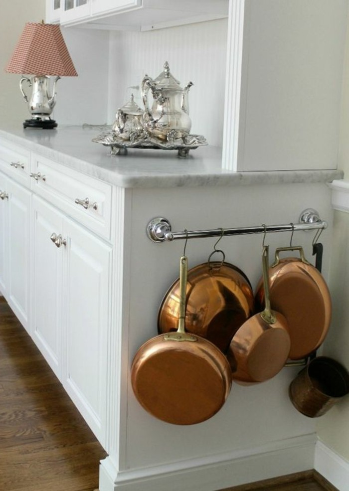 étagère de cuisine en bois