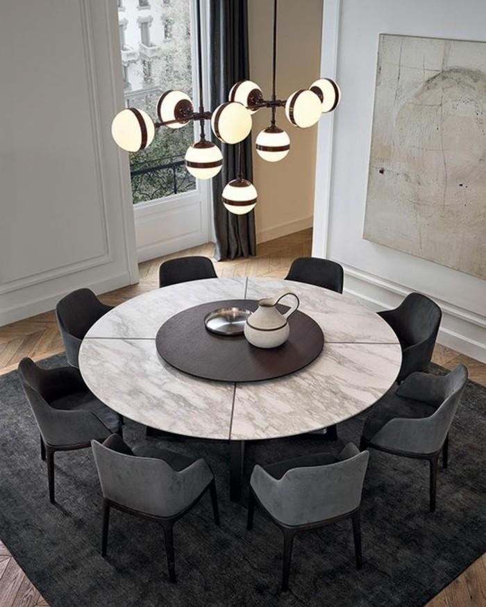 petite table ovale de cuisine