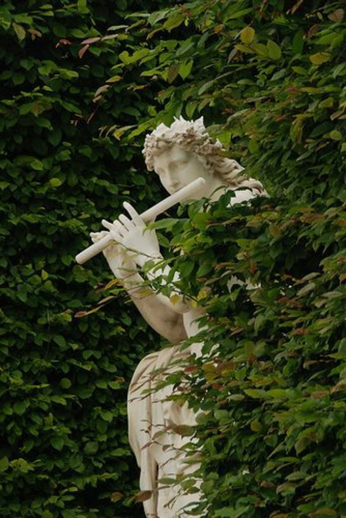 Sculpture dans le jardin Plus de 90 photos pour vous