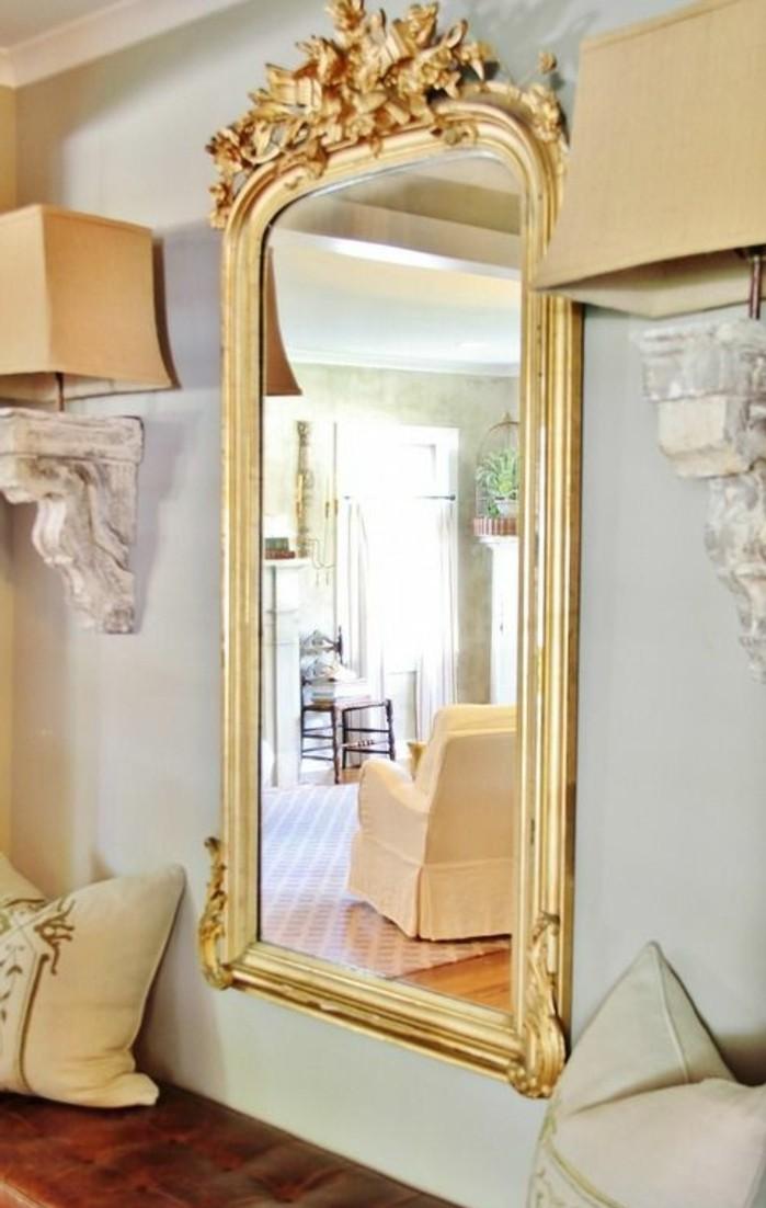 comment decorer avec le grand miroir ancien idees en photos