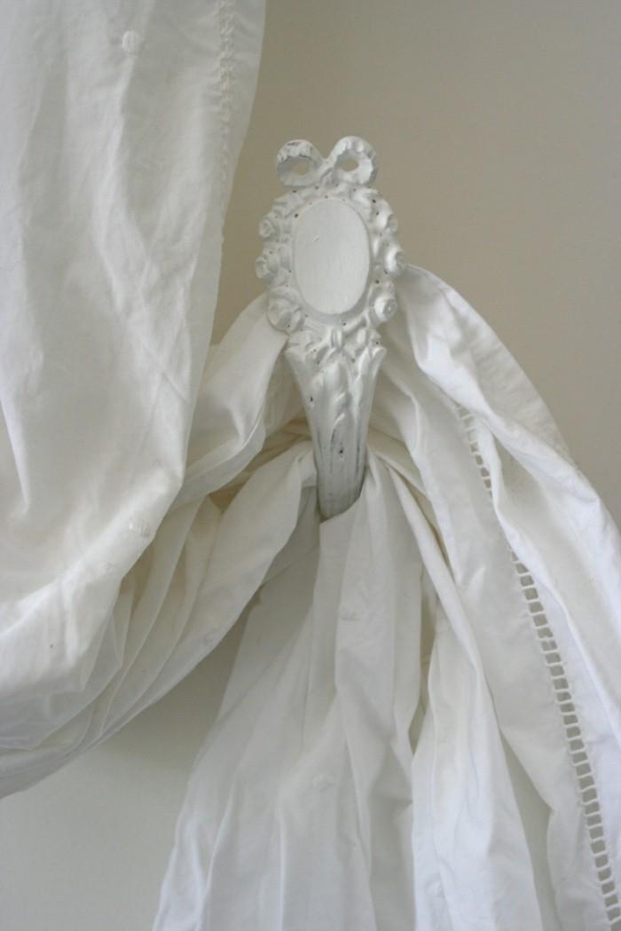 uganda szulo jeloles embrasse de rideaux originale
