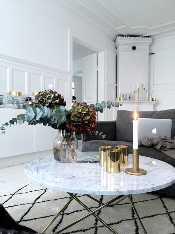 Table basse en marbre  58 ides pour donner du style au salon  Archzinefr