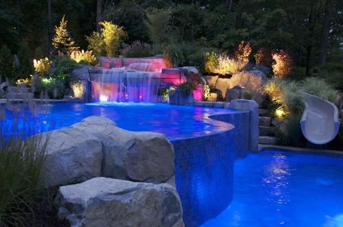 1001 modles spectaculaires de piscine avec cascade