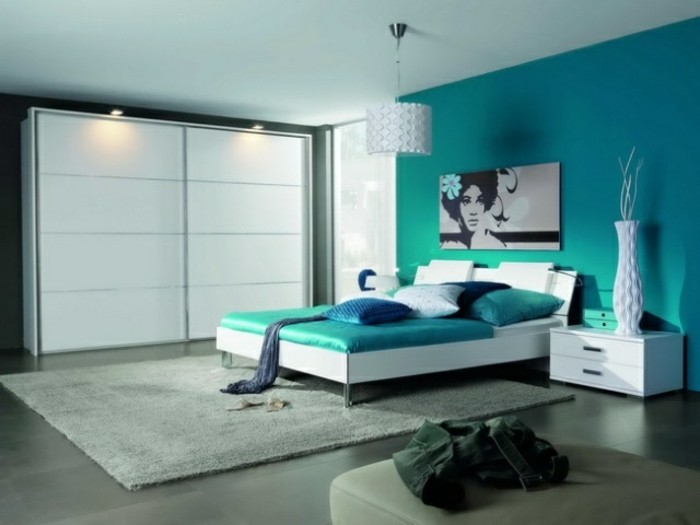 1001 ides pour une chambre bleu canard ptrole et paon sublime