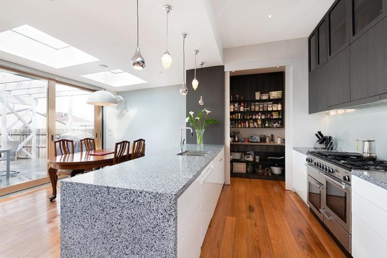 Dispensa come organizzare gli spazi in cucina al meglio