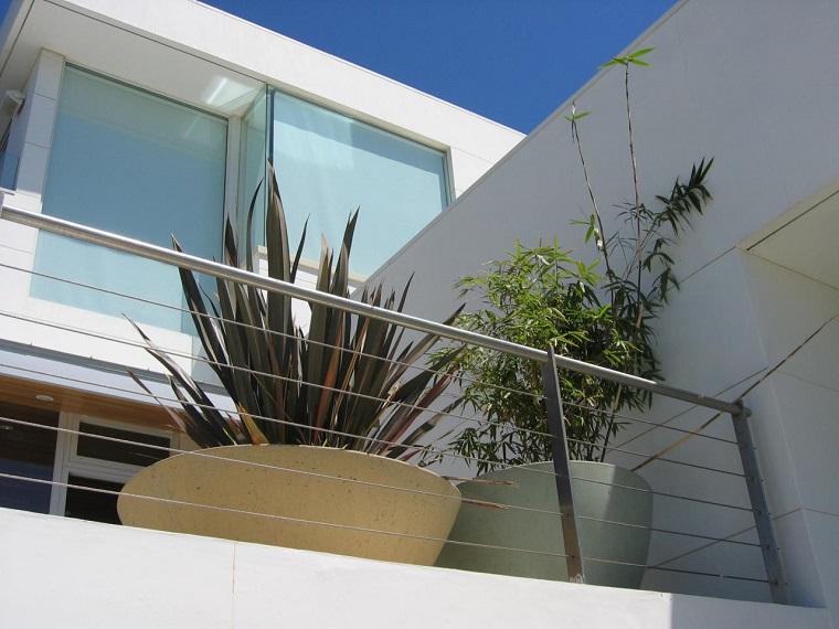 Leaf è una ringhiera moderna dal design unico e immediatamente. Ringhiere Per Balconi Materiale E Design Per Un Outdoor Perfetto Archzine It