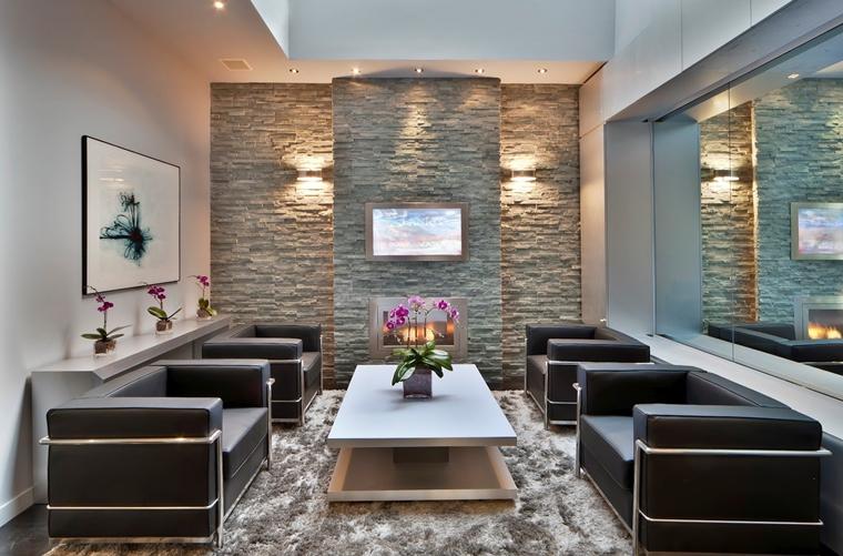 Una parete décor nel soggiorno. Rivestimenti In Pietra In Soggiorno Moderno Idee Di Design E Stile