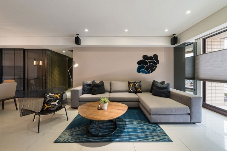 Come arredare un soggiorno con mobili e decorazioni