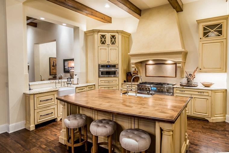 Cucine rustiche legno e pietra tutta laccoglienza del focolare  Archzineit