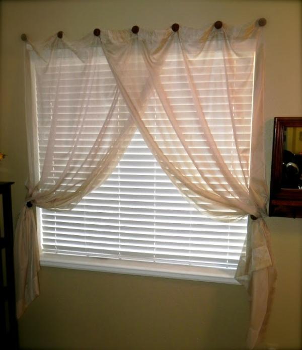 Moderne Gardinen Für Kleine Fenster | Kleines Schlafzimmer ...