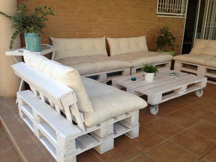 sofa selber bauen europaletten knitted throw pattern mobel aus paletten 95 sehr interessante beispiele