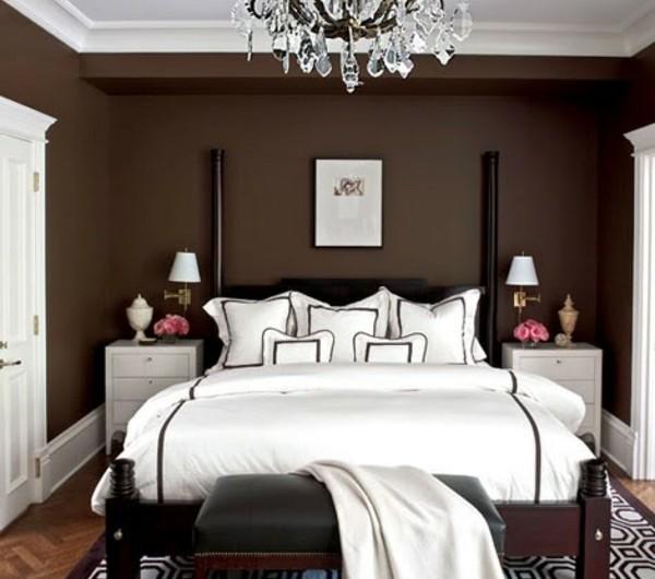 Braune Wandfarbe fr eine gemtliches Ambiente im Zimmer