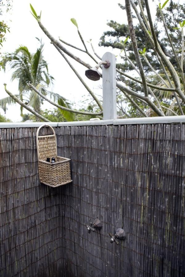 Sichtschutz fr Gartendusche  35 tolle Beispiele