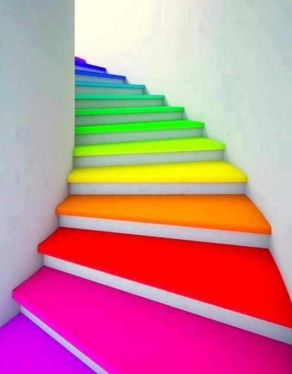 Holztreppe streichen  farbig und kreativ  Archzinenet