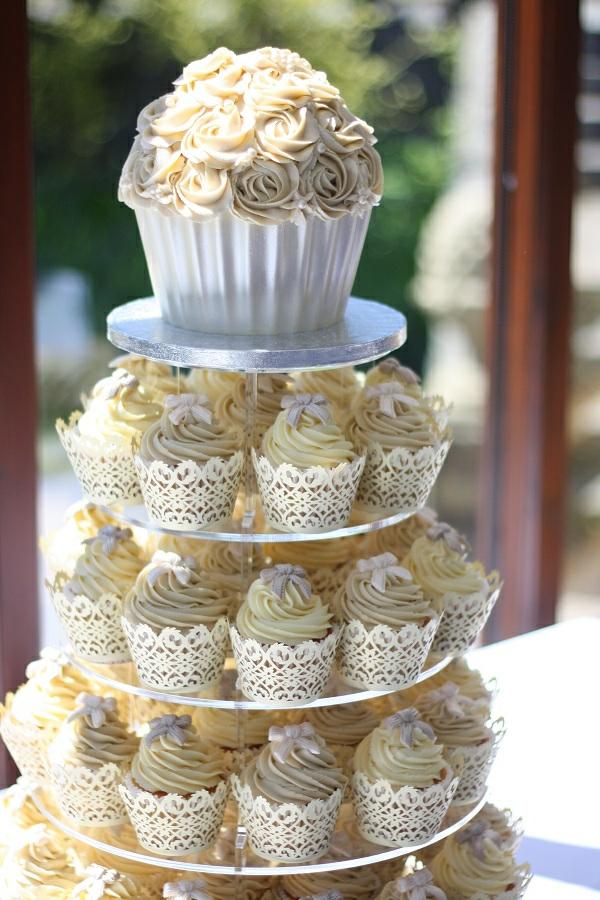 Hochzeits Cupcakes  wunderschne Beispiele  Archzinenet