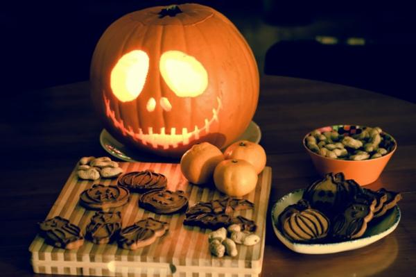 Halloween Krbis schnitzen  coole Ideen  Archzinenet
