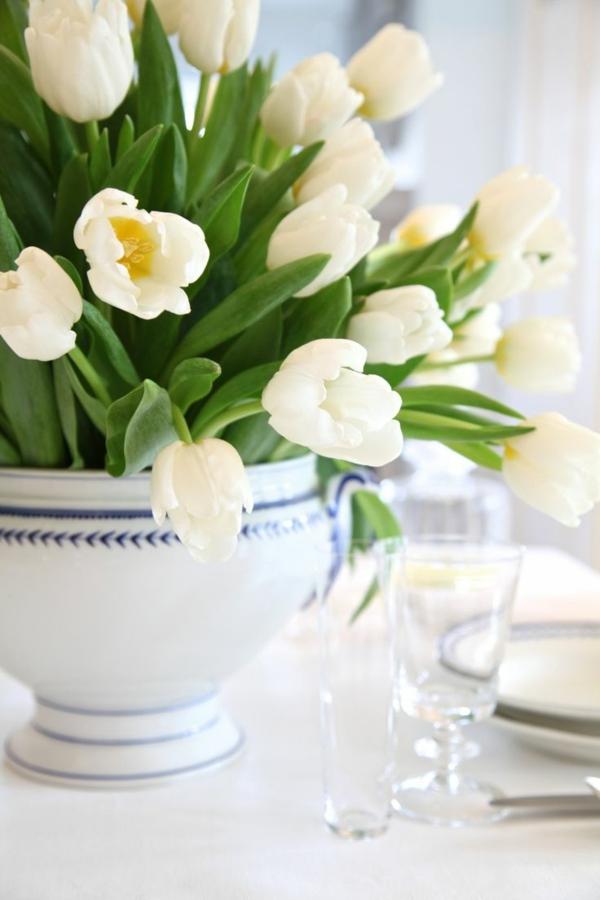 100 tolle Ideen fr Tischdeko mit Tulpen  Archzinenet