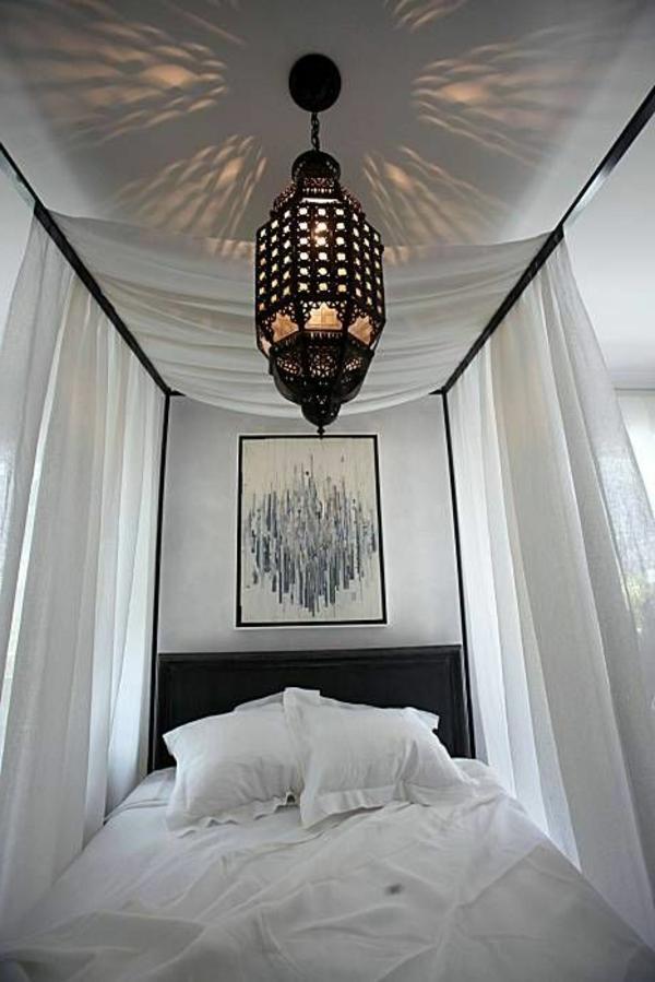 Weisses Schlafzimmer