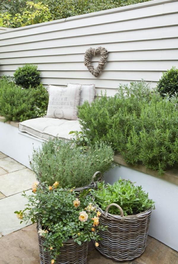 Sitzecke im Garten  Relax im Grnen  Archzinenet