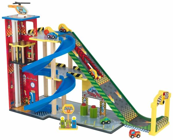 Bildergebnis für jungsspielzeug