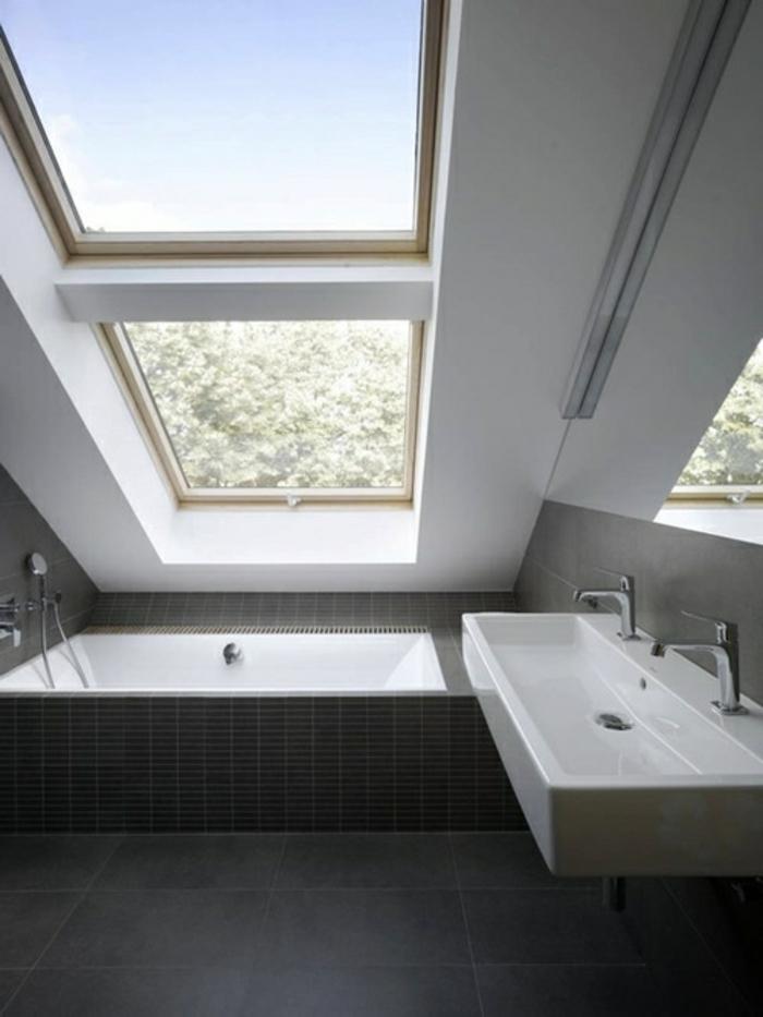 Badewanne unter Dachschrge 22 se Modelle  Archzinenet