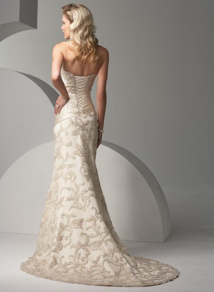 45 super Modelle von Brautkleid mit Spitze