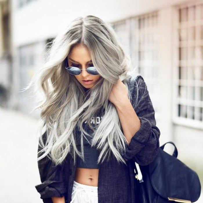 Graue haare outfit  Stilvolle frisur website foto blog