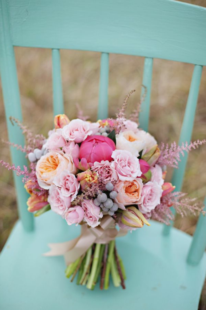 Runder Brautstrau  die Wahl der romantischen Mdchen