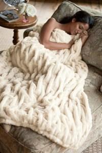 Flauschige Tagesdecken fr Betten - kuschelig und gemtlich