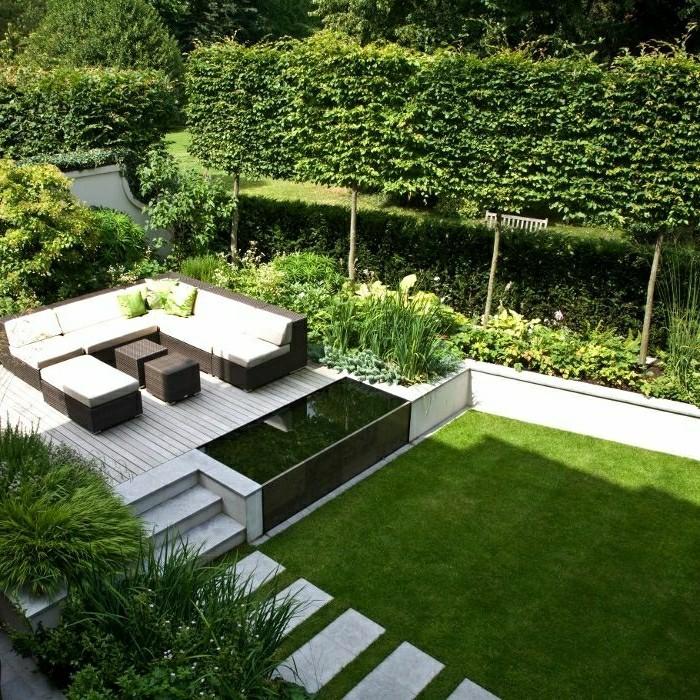 Moderne Gartengestaltung Mit Teich Fu Weg Und Rasenflache