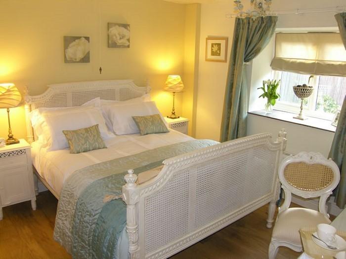 Schlafzimmer farblich gestalten 69 Wohnideen mit der Farbe Gelb