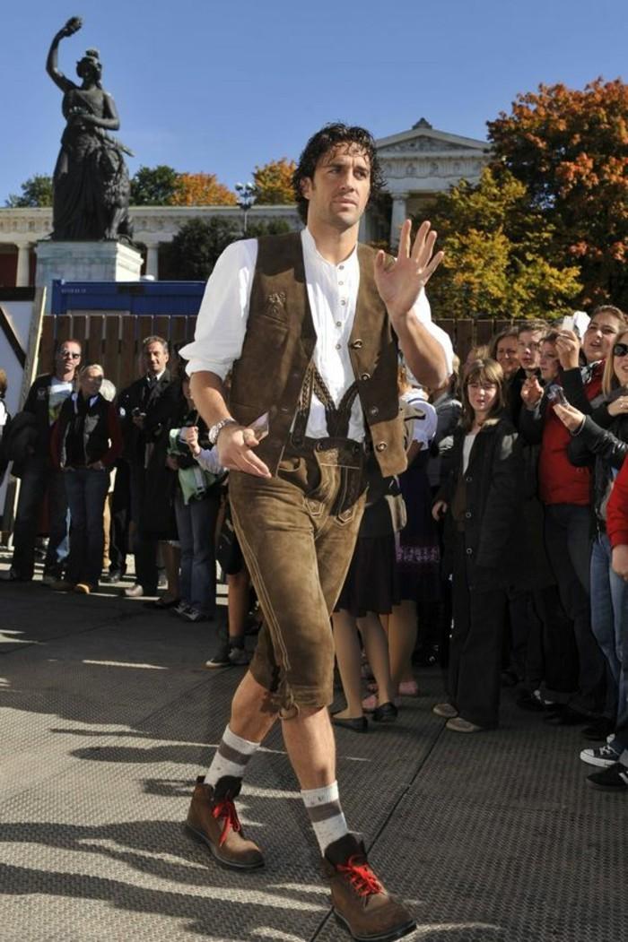 Oktoberfest Kleidung  Tradition und letzte Trends