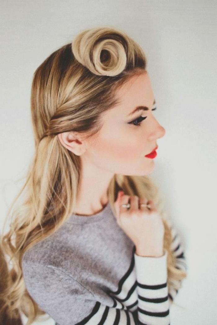 Rockabilly frisuren damen lange haare  Stilvolle frisur
