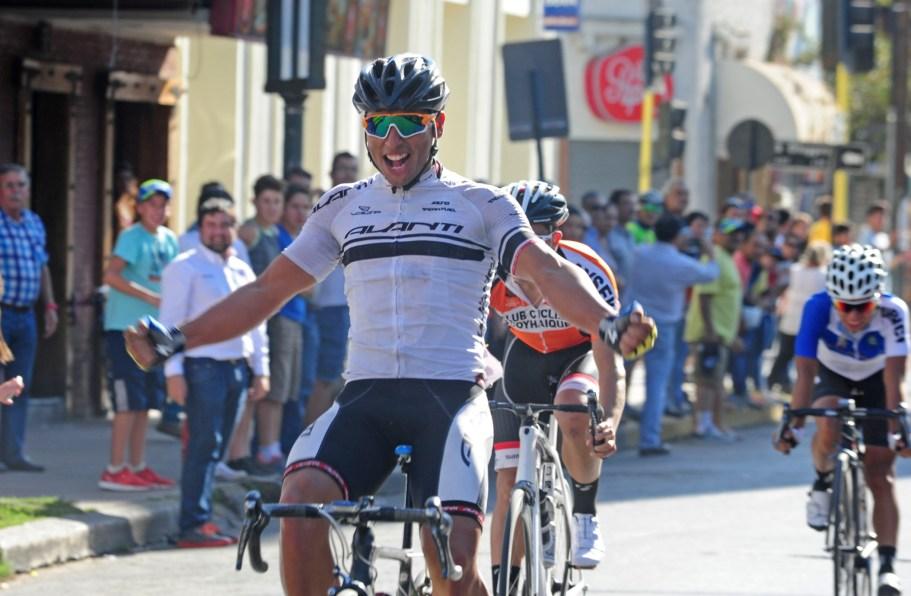 Matìas Muñoz ganador Sub 23 Gran Fondo Foto Bill Torres