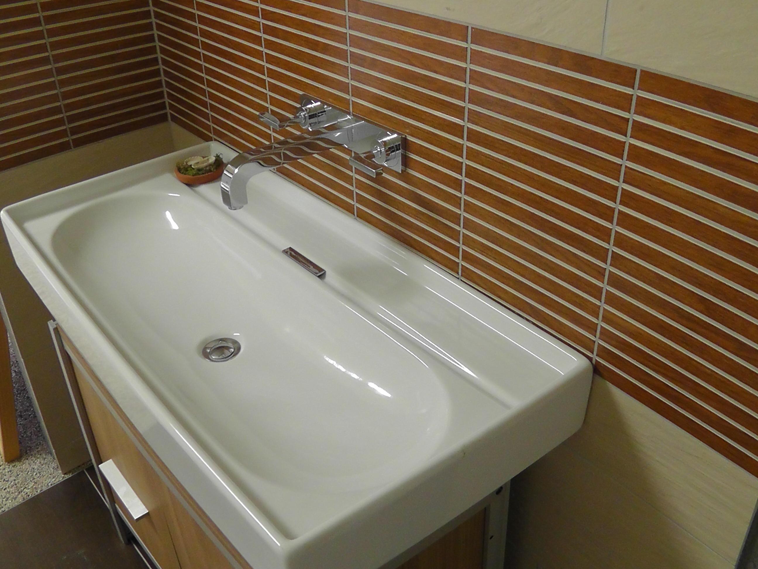 handwaschbecken ohne hahnloch pr ferenz waschtisch ohne hahnloch mit unterschrank andro63. Black Bedroom Furniture Sets. Home Design Ideas