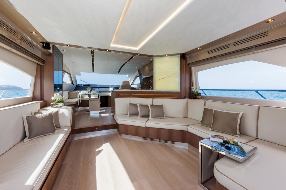 Sale Dominator 640 Fly Arcon Yachts