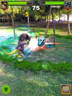 Two dinos fighting in AR